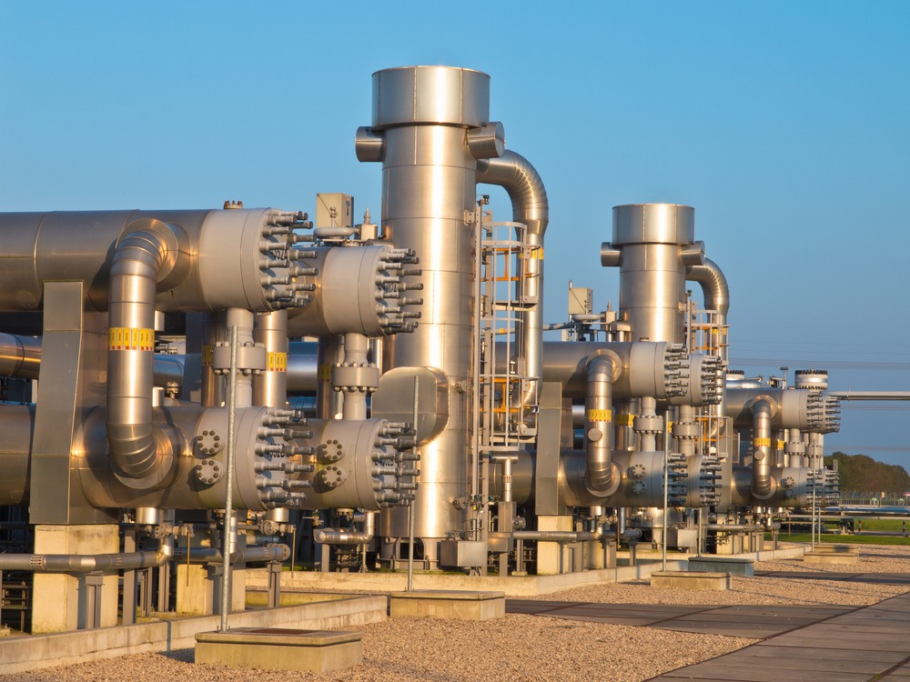 Natural gas production plant