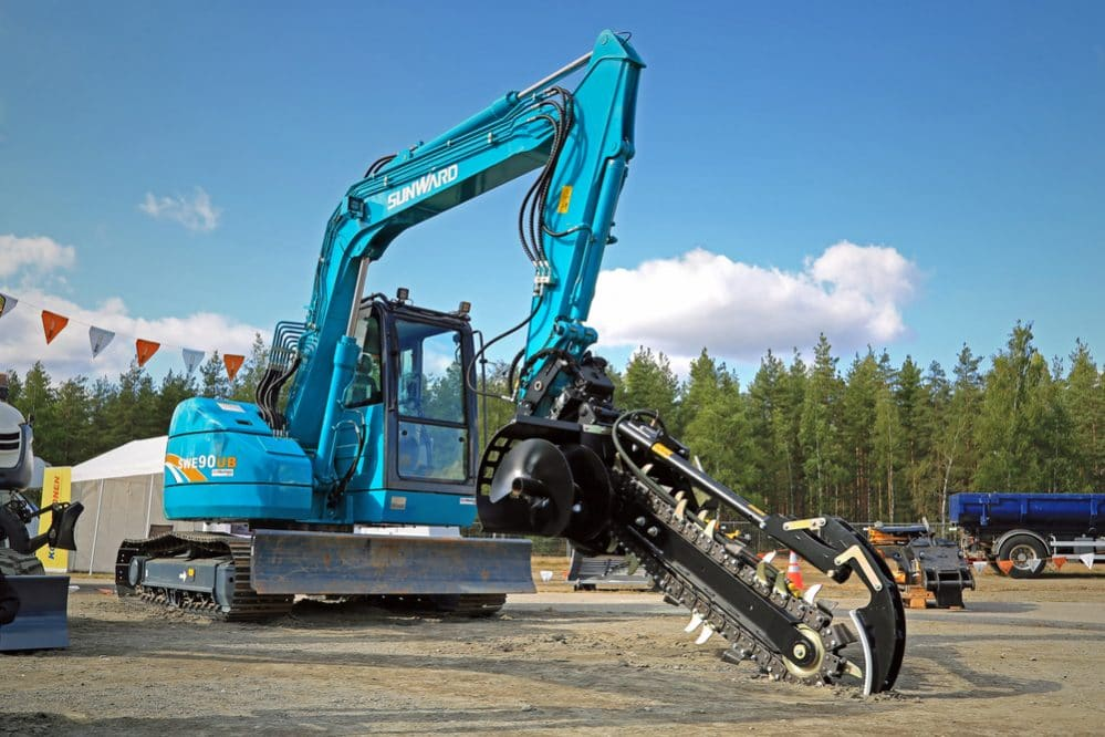 Trencher excavator e1506592923295 - Types of Excavation Machines: Uses and Differences