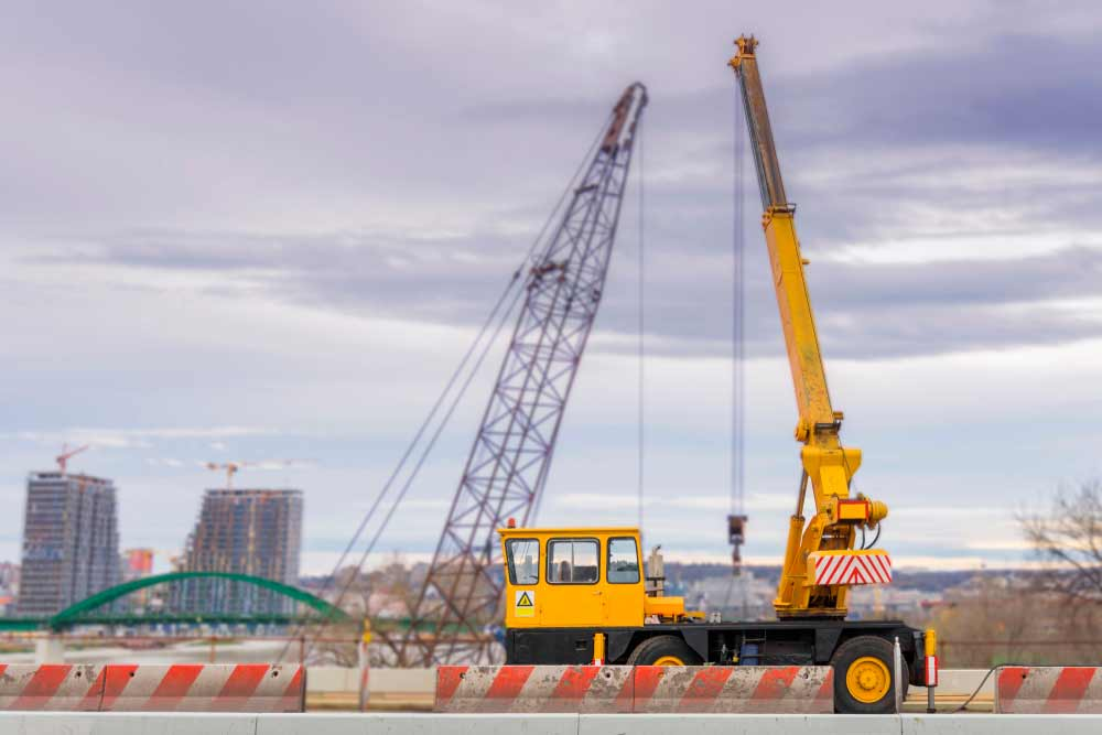 How to operate a crane truck